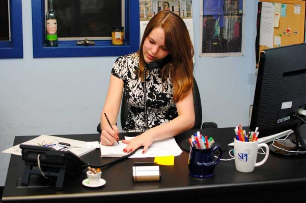 Deziel working as Editor-in-Chief at the  Daily Campus , UConn's student paper, in 2012. Credit: Rachel Weiss/The Daily Campus