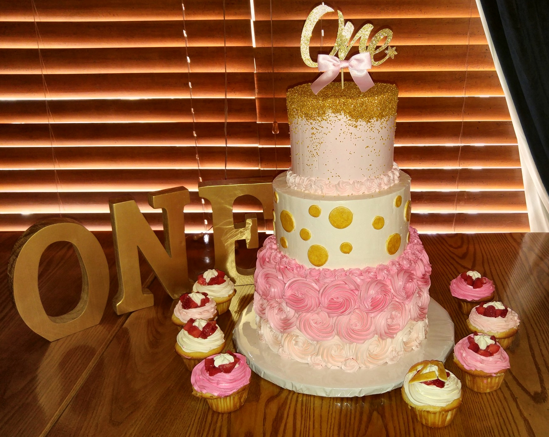 Pink and Gold 1st Birthday Cake