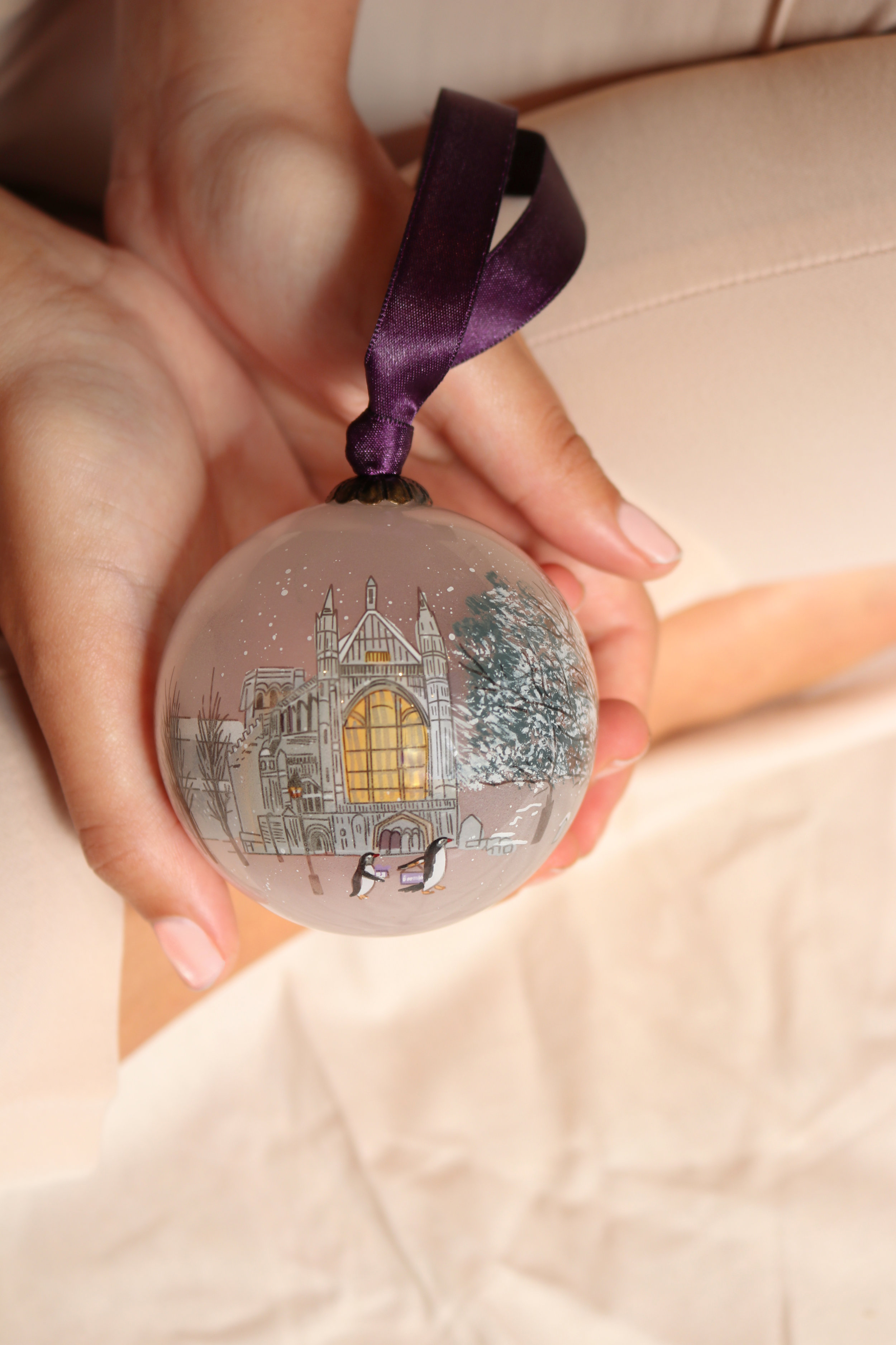 "<p><strong>Winchester Cathedral</strong>Hand painted glass bauble<br>£25<a href=""/area-of-your-site"">Shop</a></p>"