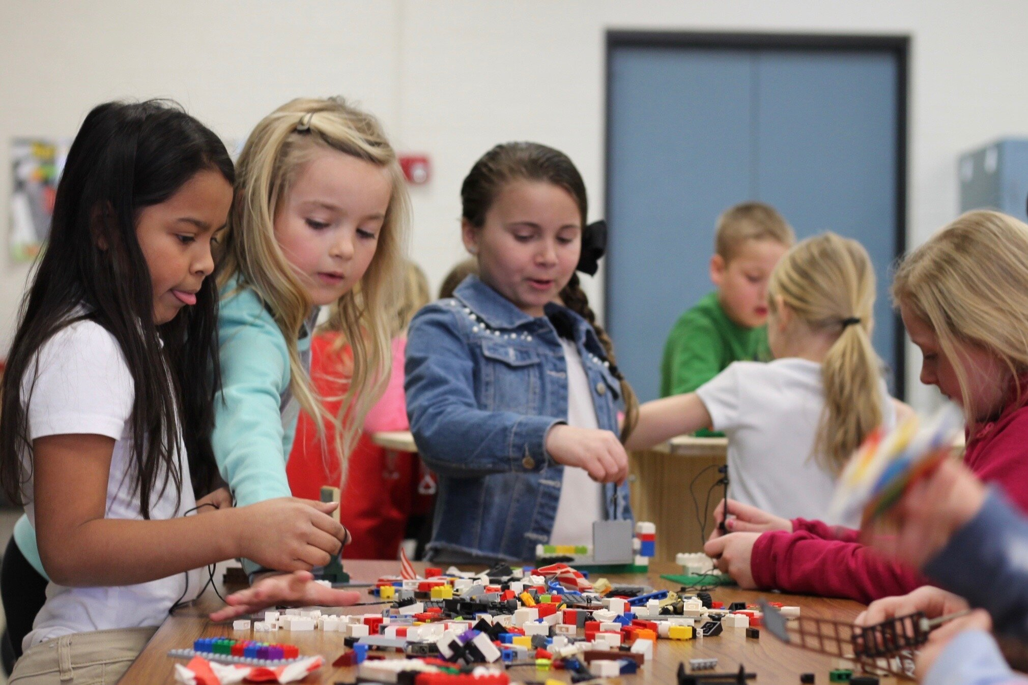 Mobile Lab - Innovation Stations girls with legos.jpg