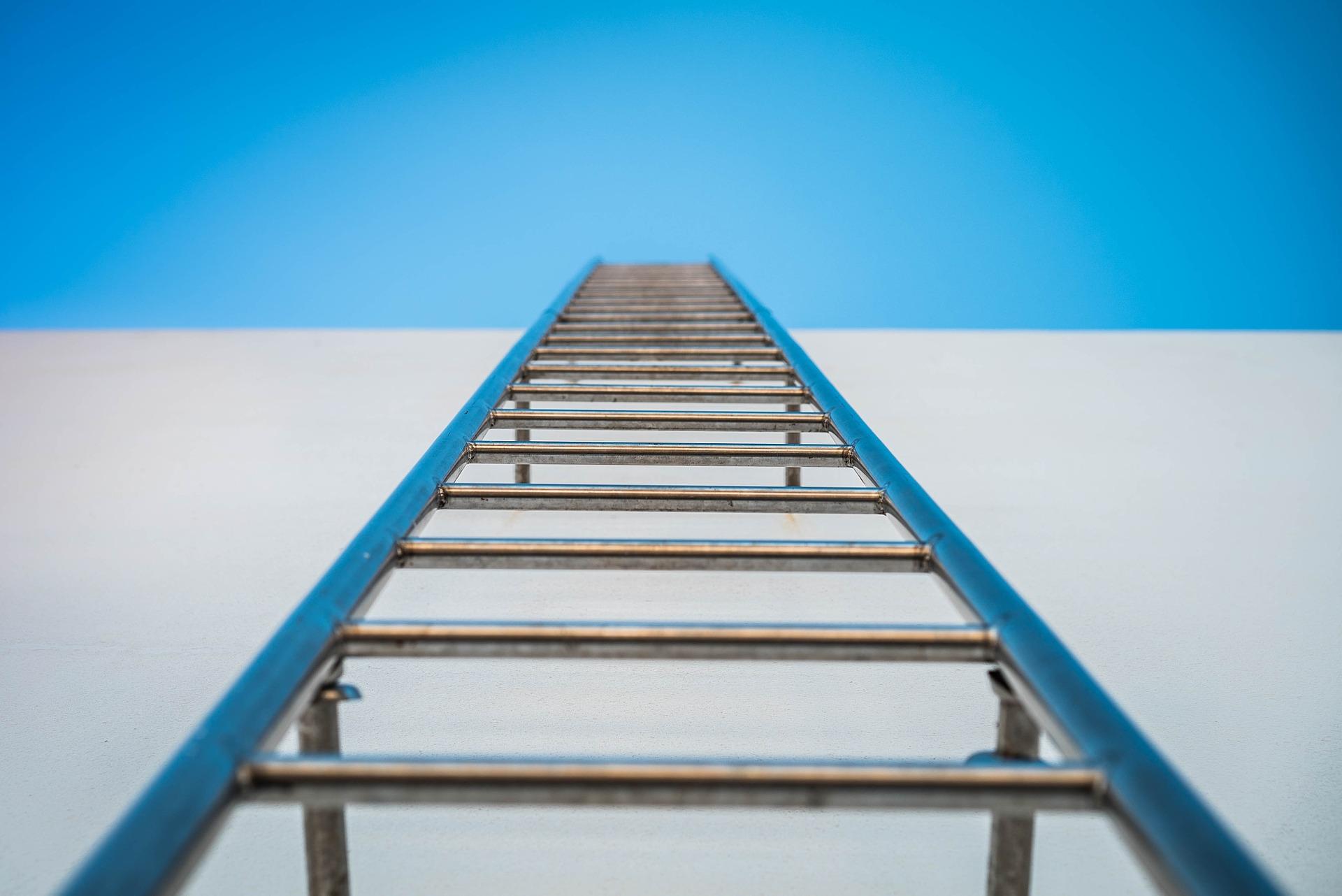 ladder-632939_1920.jpg