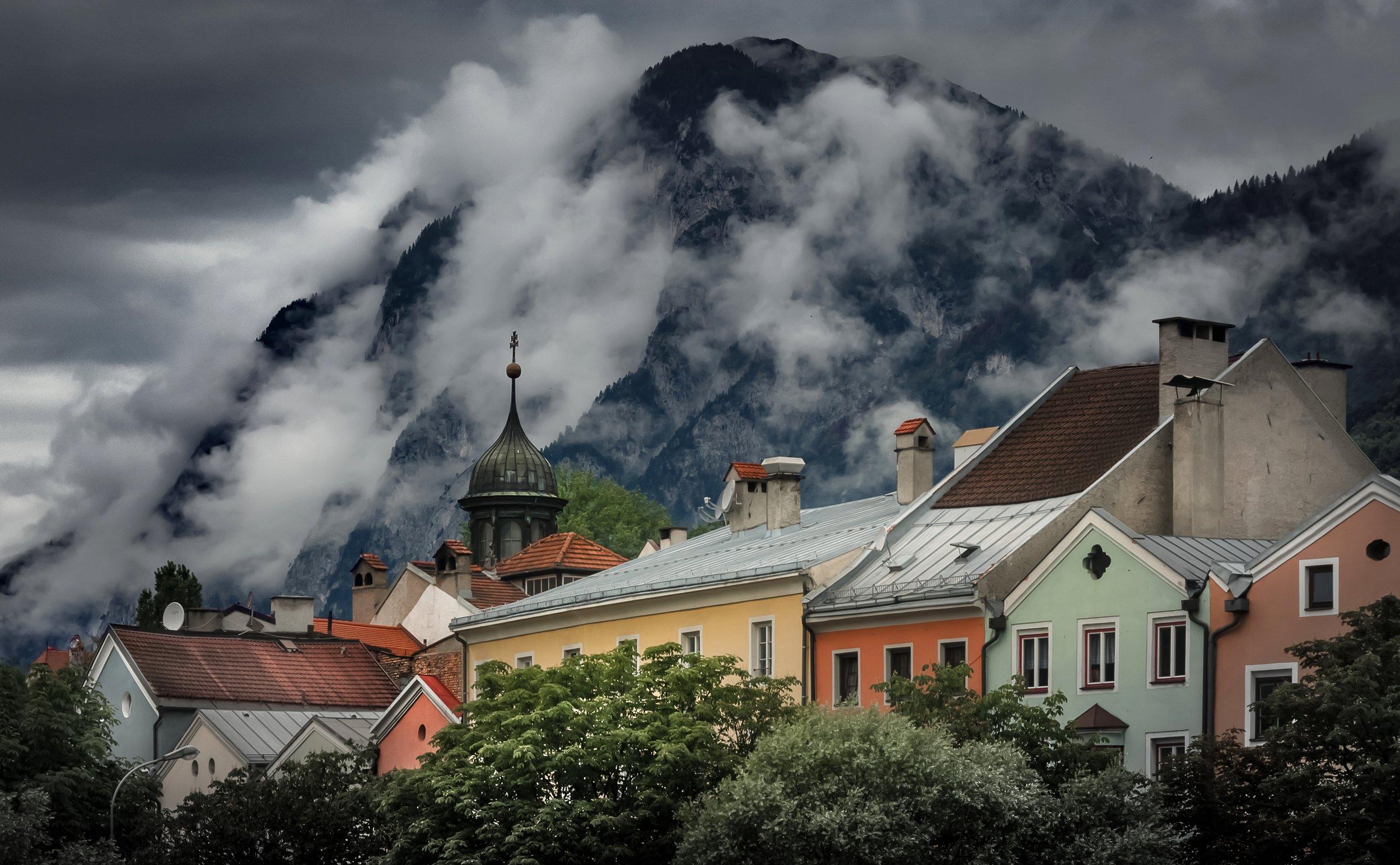outdoor-mountain-snow-cloud-architecture-sky-house-mountain-range-weather-austria-clouds-houses-tirol-sterreich-innsbruck-rural-area-239699.jpg