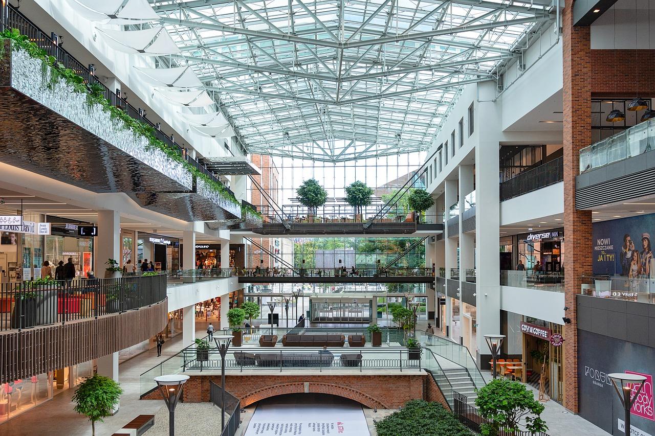 shopping-mall-3521181_1280.jpg