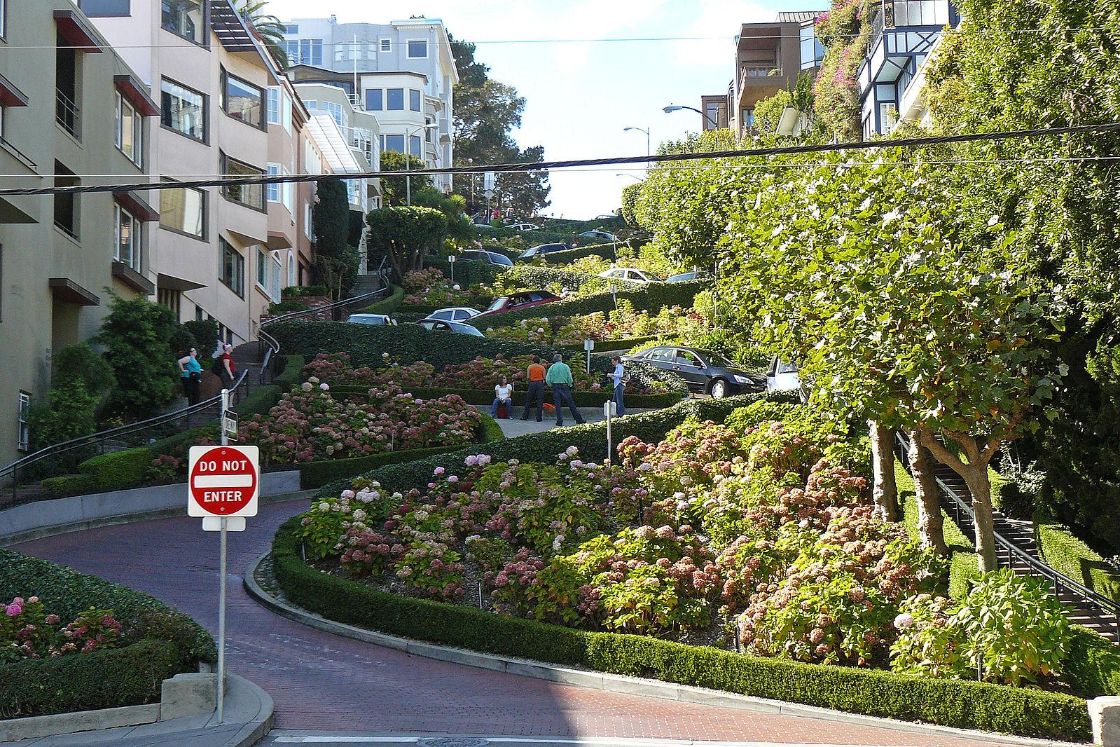 Lombard_Street_SFA.jpg