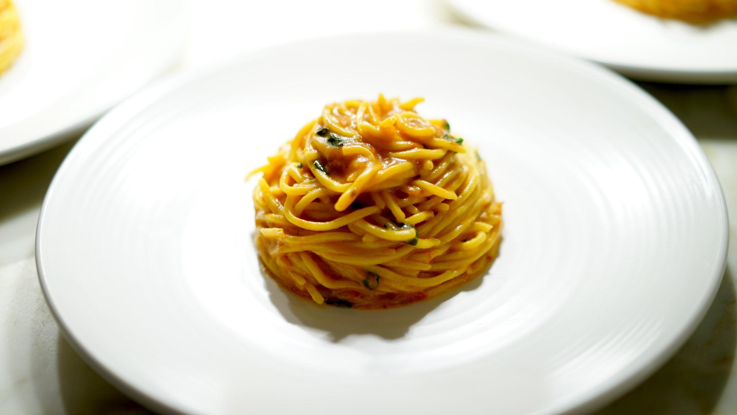 Spaghetti with Tomato and Basil.JPG