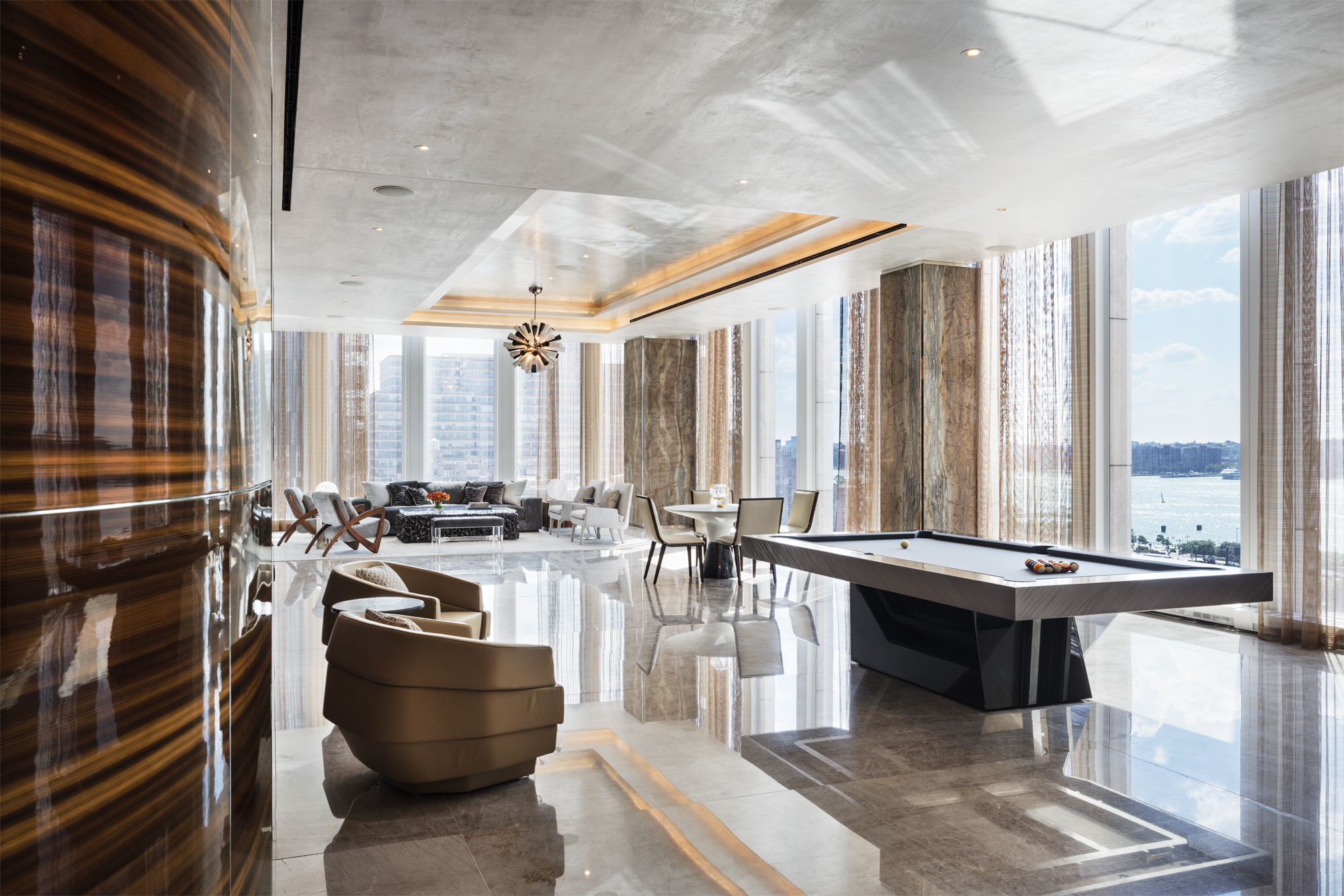 35 Hudson Yards_Amenities_Lounge_Photo Courtesy of Related Companies by Scott Frances.jpg