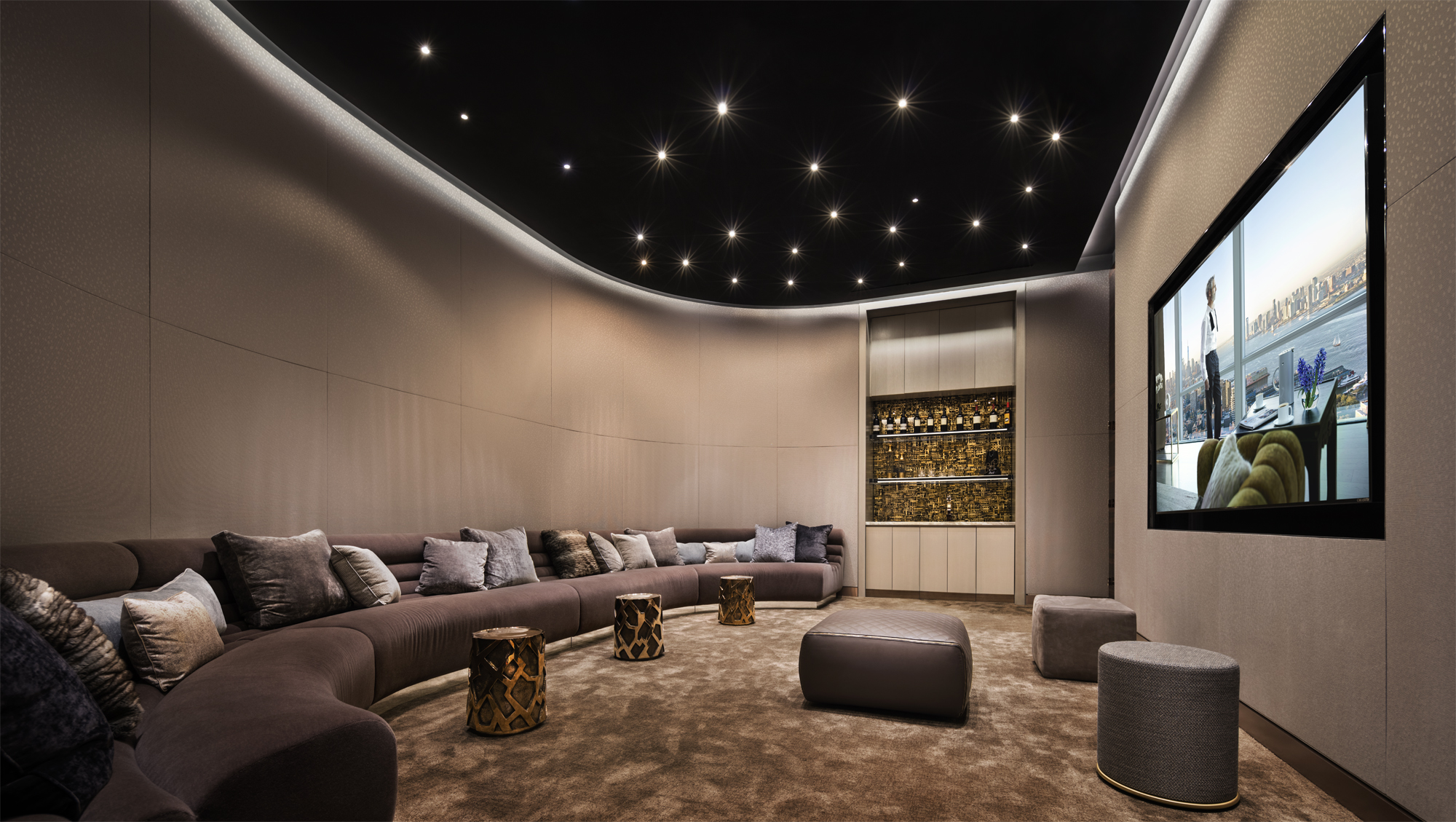35 Hudson Yards_Amenities_Screening Room_Photo Courtesy of Related Companies by Scott Frances.jpg