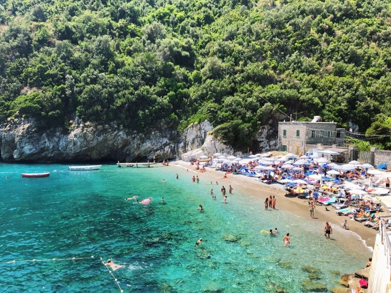 off the mrkt amalfi coast.jpg