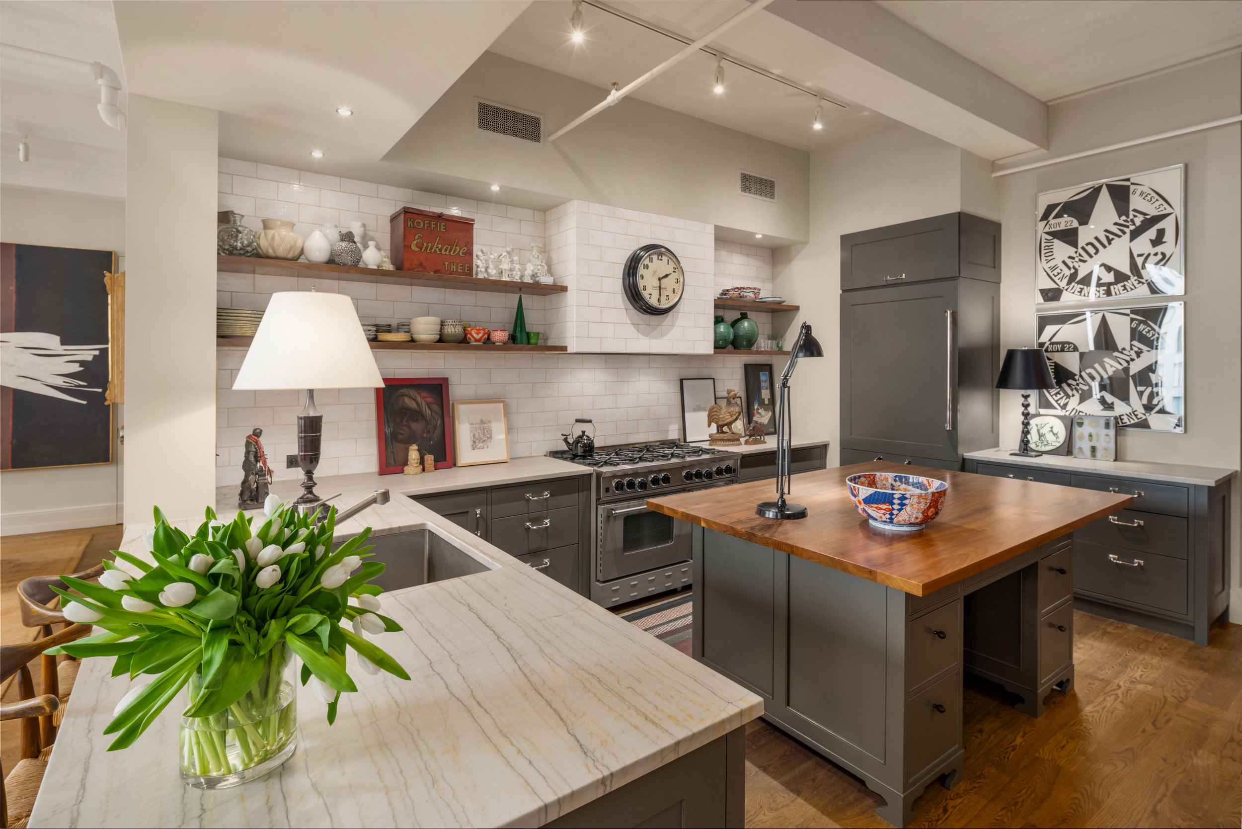 142West26thStreet9-ChelseaNewYork_Holly_Parker_DouglasElliman_Photography_79379441_high_res.jpg