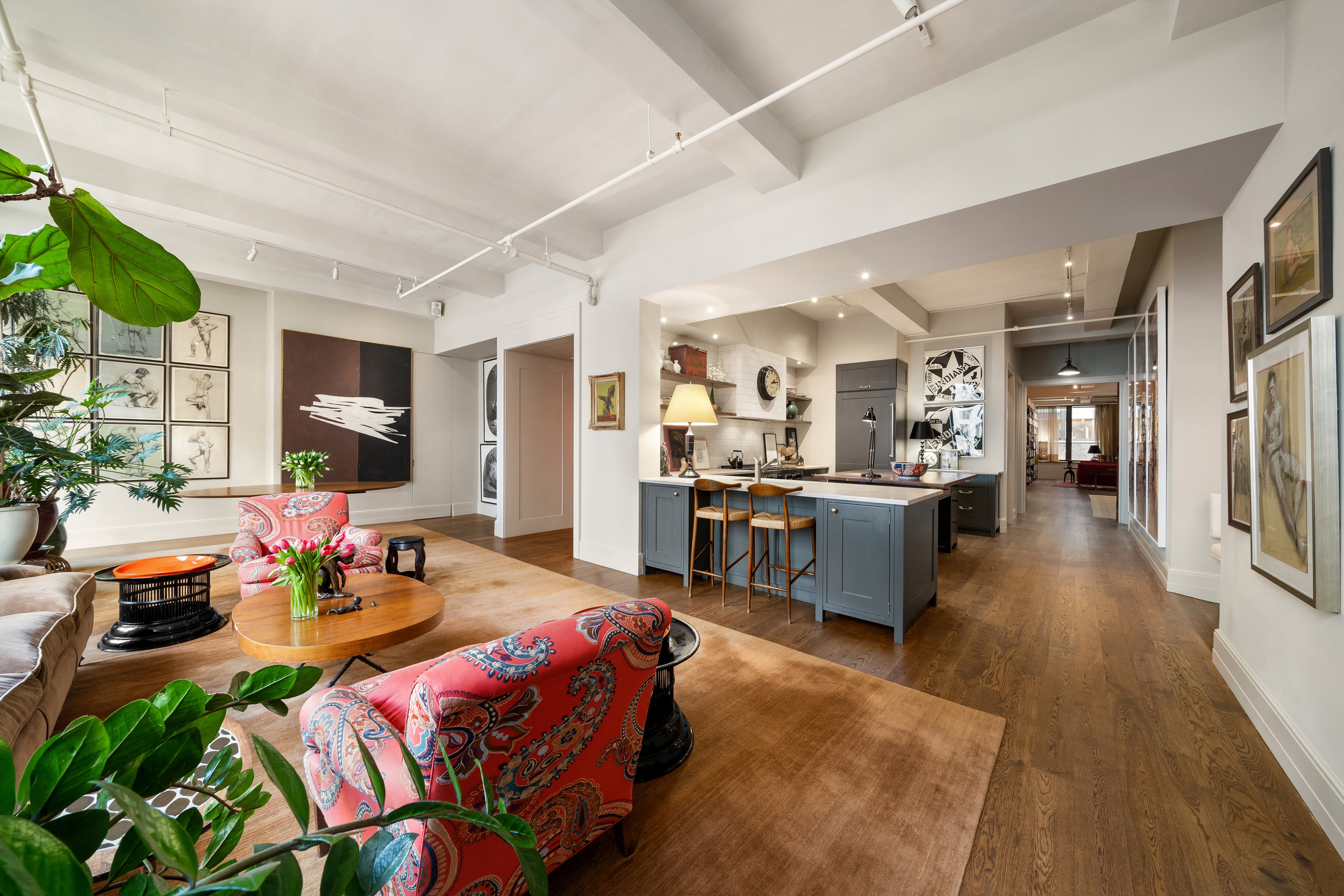 142West26thStreet9-ChelseaNewYork_Holly_Parker_DouglasElliman_Photography_79379400_high_res.jpg
