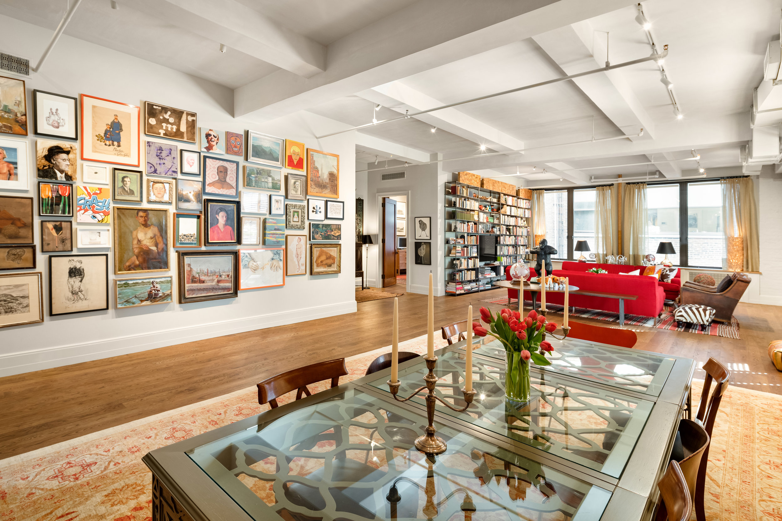 142West26thStreet9-ChelseaNewYork_Holly_Parker_DouglasElliman_Photography_79379619_high_res.jpg