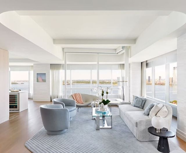 Deborah Berke Partners, the New York-based architecture and interior design practice known for the interiors at the world's tallest residential building, 432 Park Avenue, is now bringing its distinct vision to Lower Manhattan for the interiors of the firm's first downtown tower—77 Greenwich, a new luxury skyscraper with a design that emphasizes expert craftsmanship, natural materials and show-stopping water views.