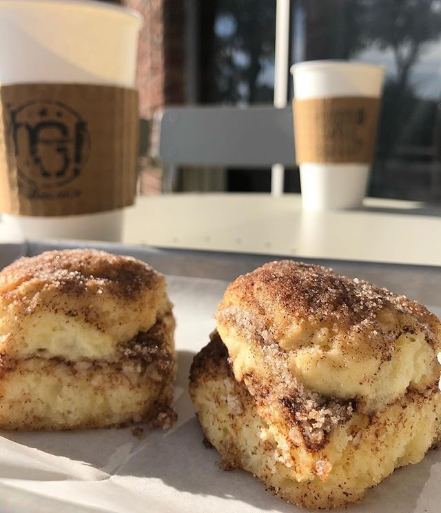 This weather has us craving some cinnamon biscuits and french press coffee ☕️⠀ .⠀ @weareheygiant is open in both Seminole Heights and South Tampa till 2pm!⠀ .⠀ The backstory behind this place is pretty sweet (pun intended). So sweet in fact that @tampagov did a #TalesOfTampa video on them awhile back! Head to our facebook page (link in bio) to watch it! ⠀ .⠀ 📷: @weareheygiant