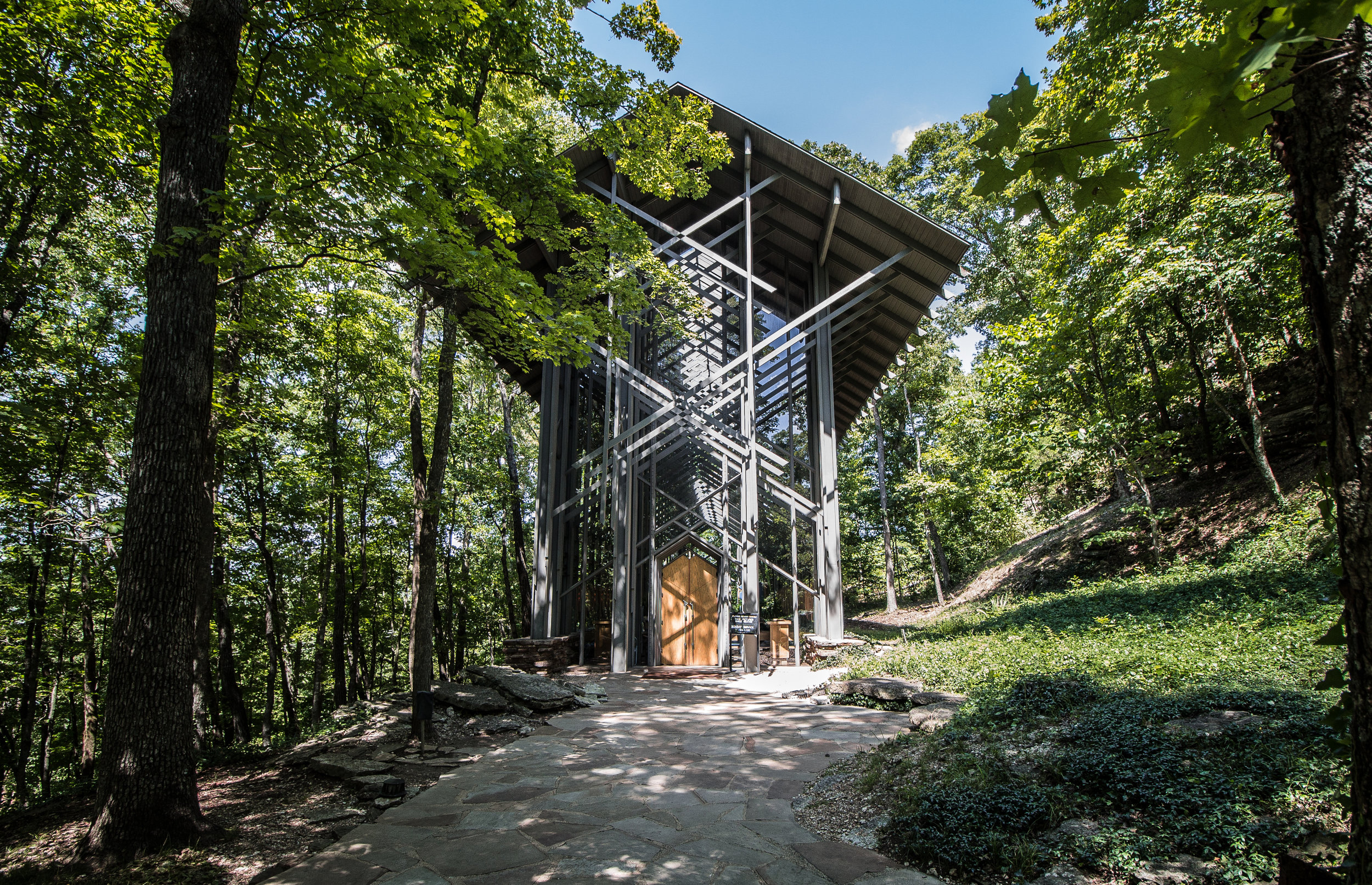 Thorncrown Chapel, tucked away in the beautiful Arkansas nature.