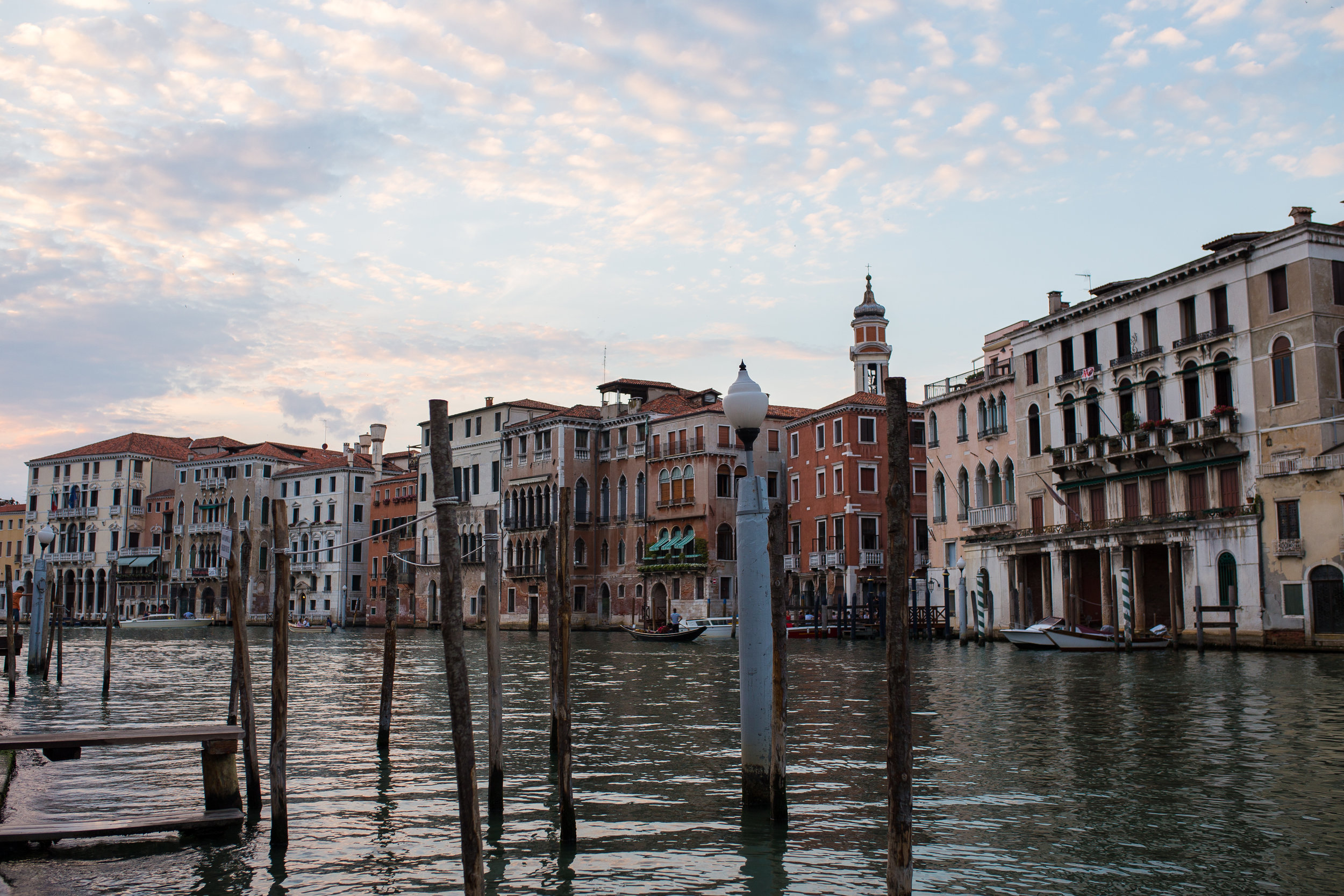 The Grand Canal, from the sidewalk just below the Rialto Bridge