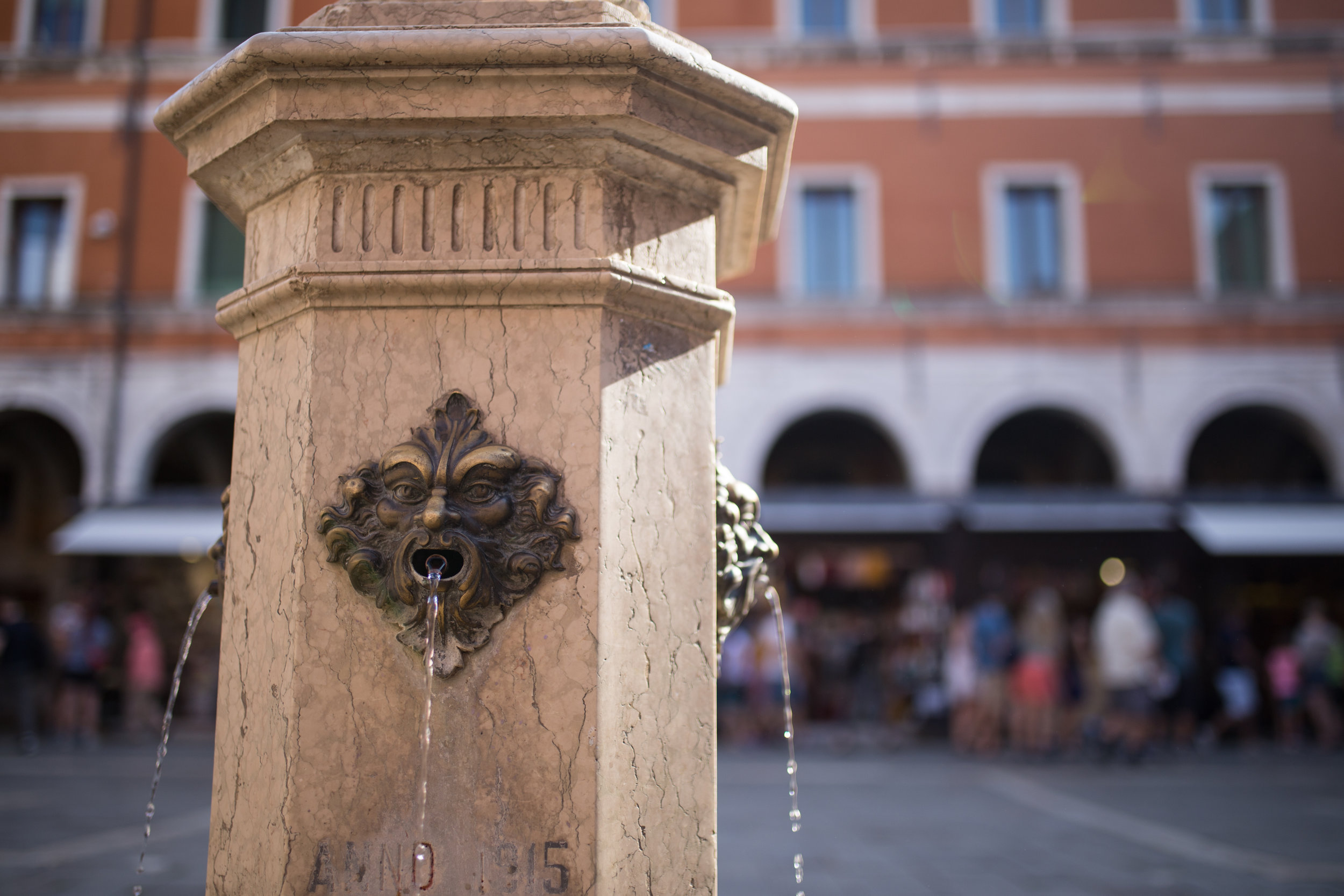A Venetian fountain, from which clean, drinkable water flows at all times
