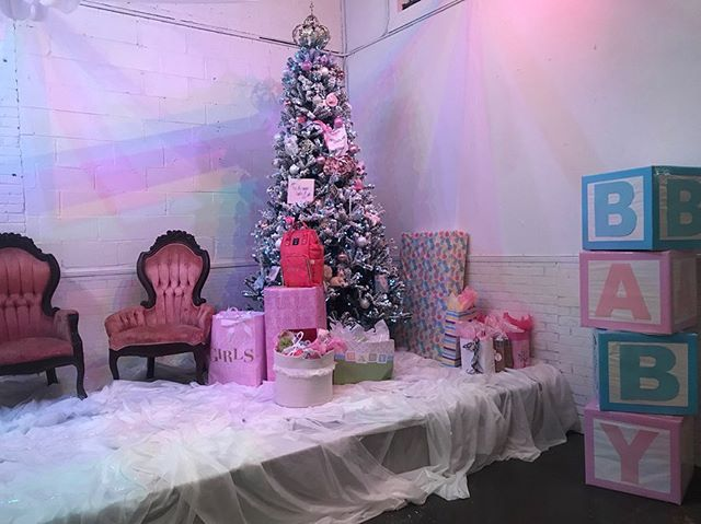 It was Christmas in July at Ardor this weekend for a sweet baby shower! 💕 Such a fun and unique way to welcome baby into the world.