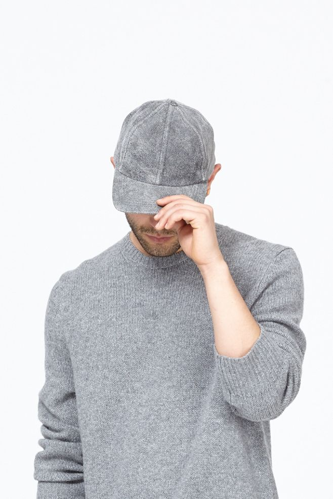 chic-gray-baseball-cap-men