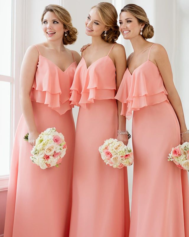 Sweet-boho-bliss-in-the-prettiest-peach-shade-bridesmaids-sorellavita.jpg