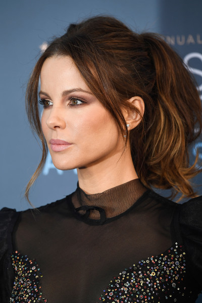 Kate+Beckinsale+22nd+Annual+Critics+Choice+logdknsNzjGl.jpg