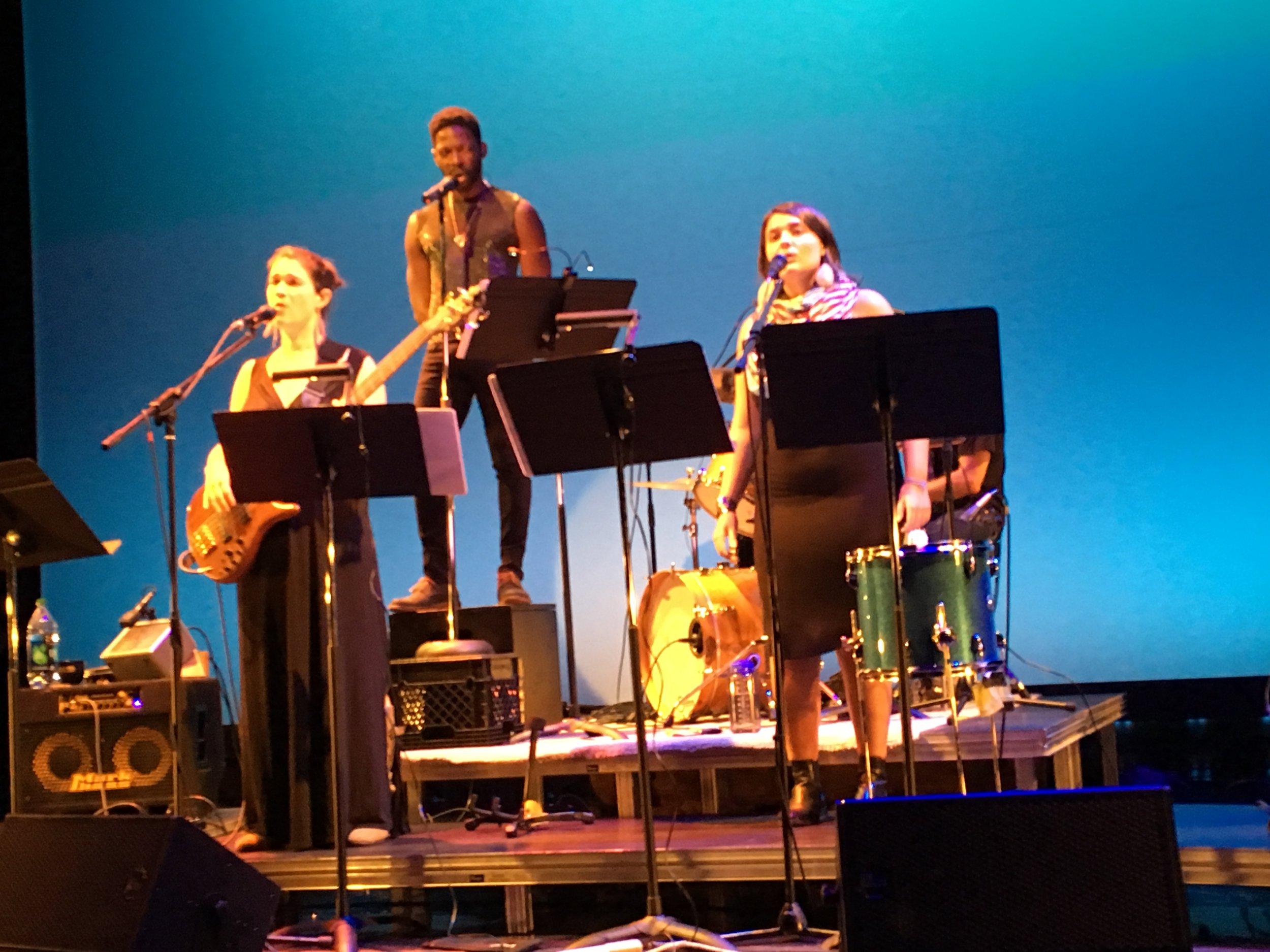 Kate Kilbane, Rotimi Agbabiaka, and Lila Blue in Weightless