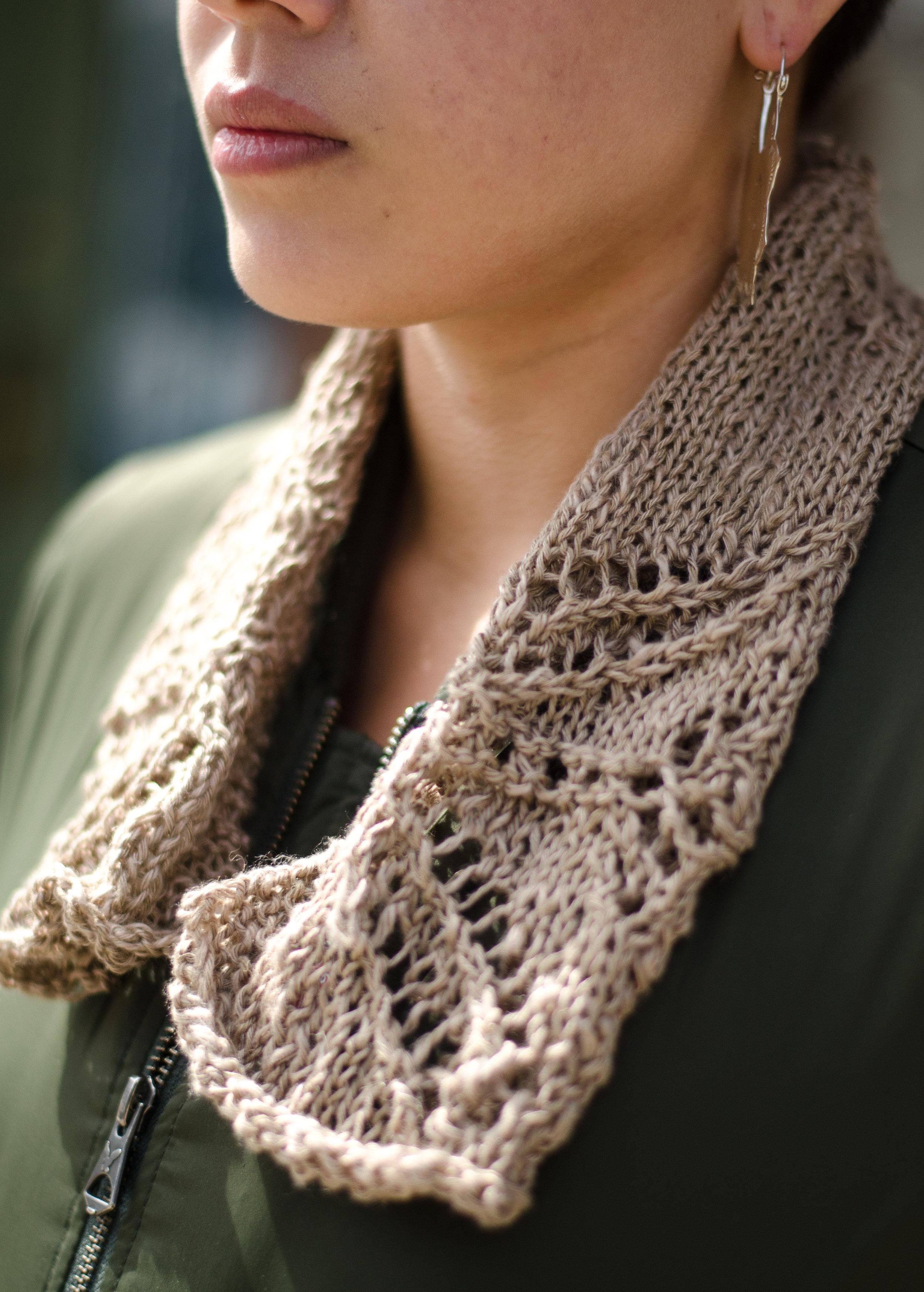 Tulip Lace Linen scarf