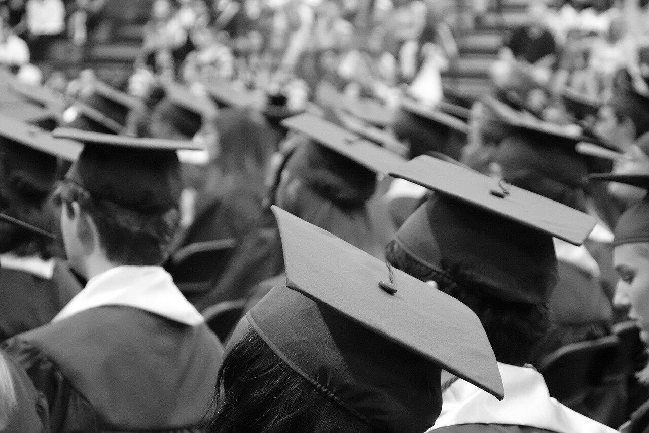graduation-cap-3430714_1280.jpg