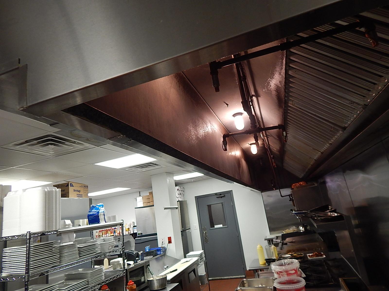 504 kitchen view.JPG