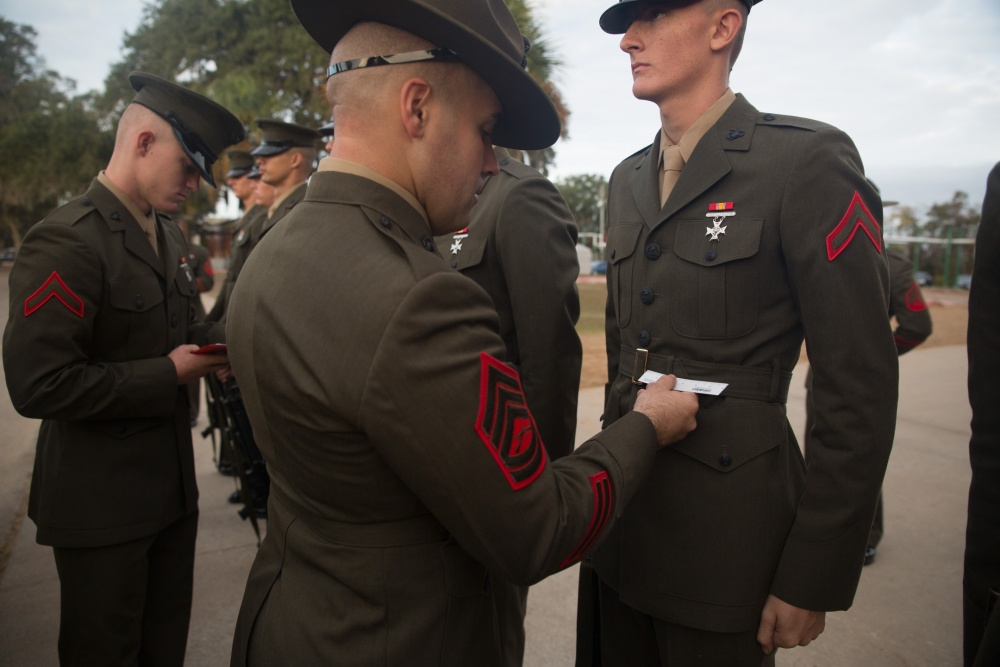 Photo courtesy of dvidshub. Drill Instructors don't play when it comes to details.