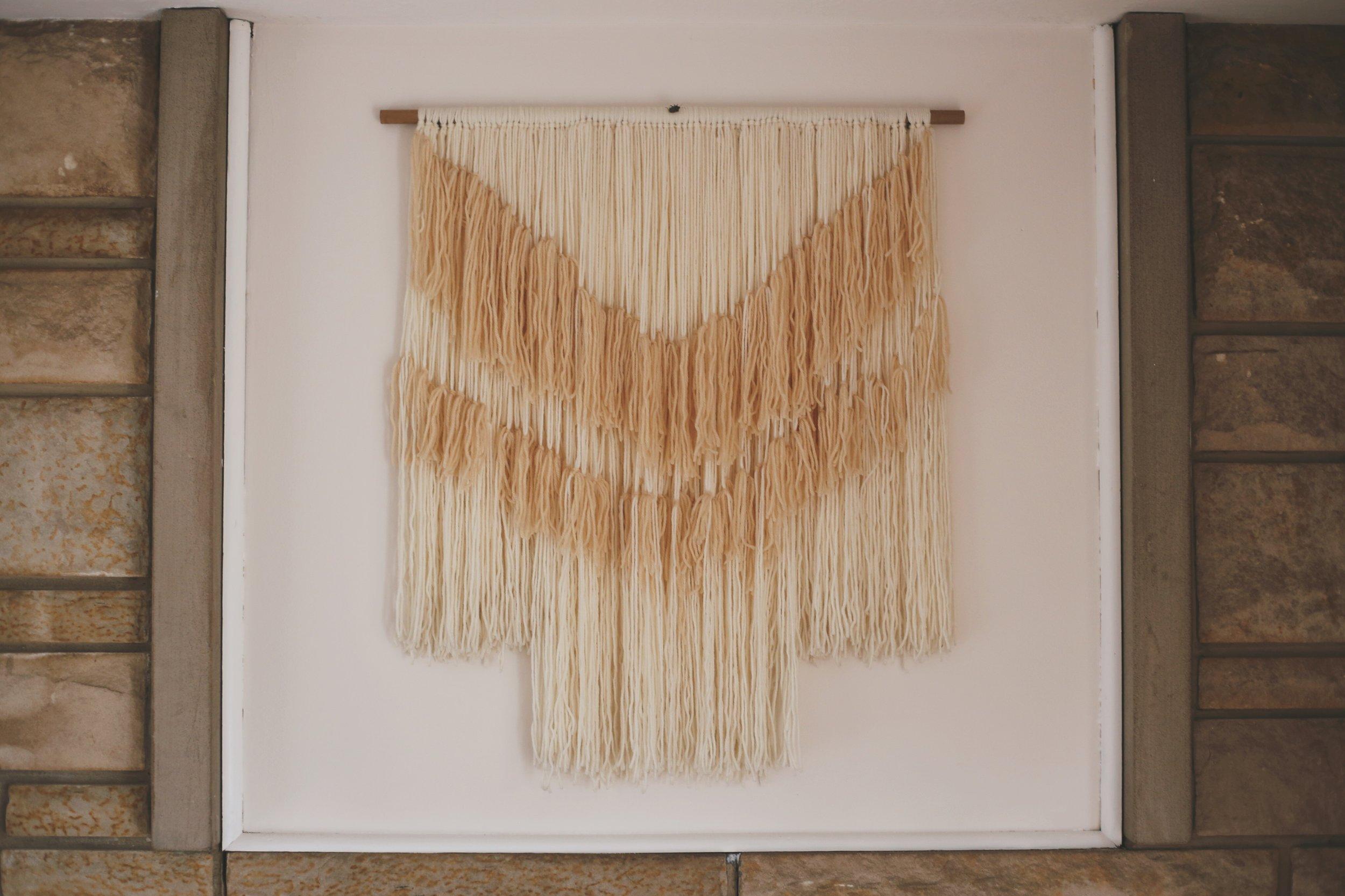 DIY easy wall hanging (no weaving involved)