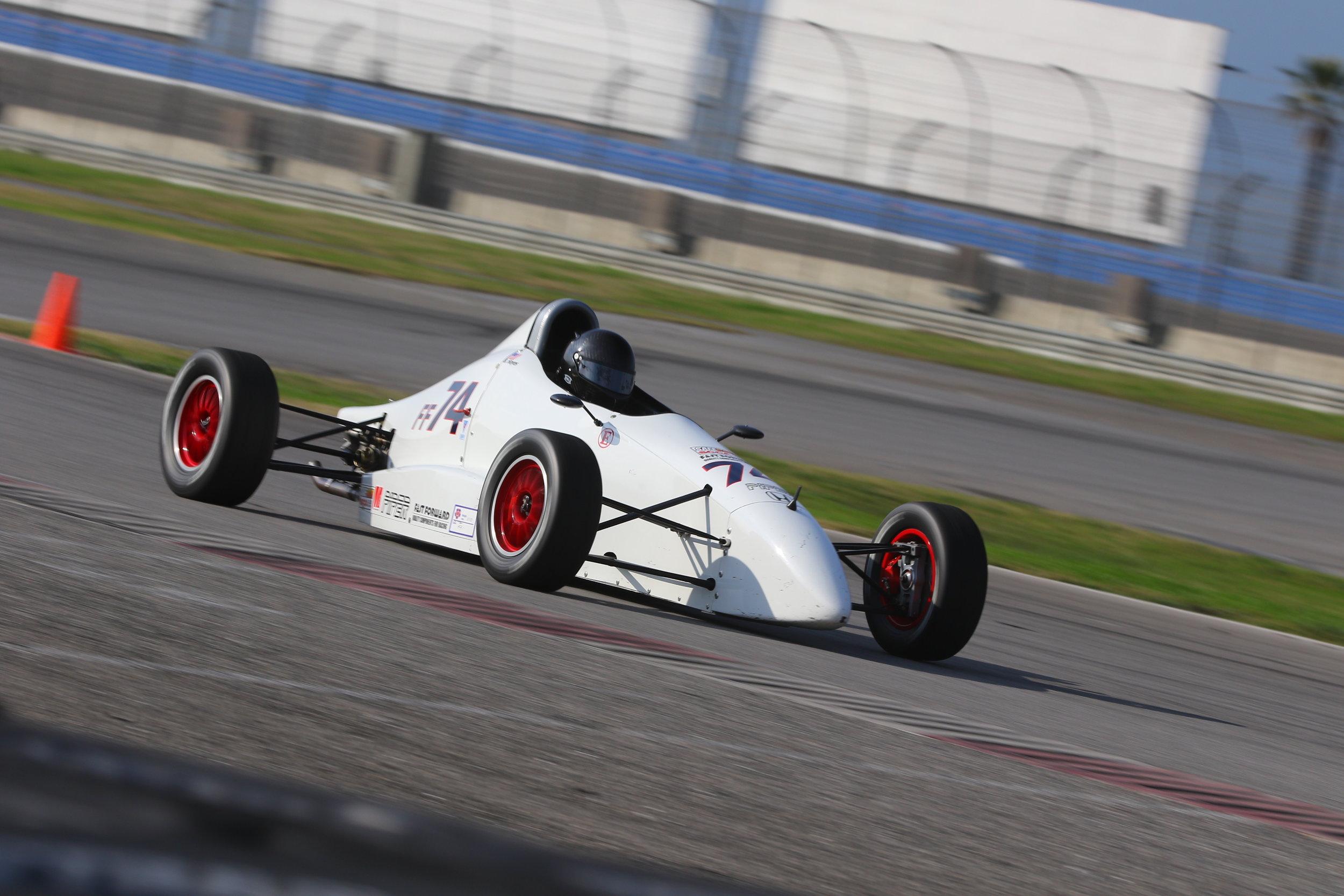 Jan-15-2017-SCCA Majors - Group 6 - Race (Turn 6) - AC2_7378_Jan1517_CaliPhoto.jpg