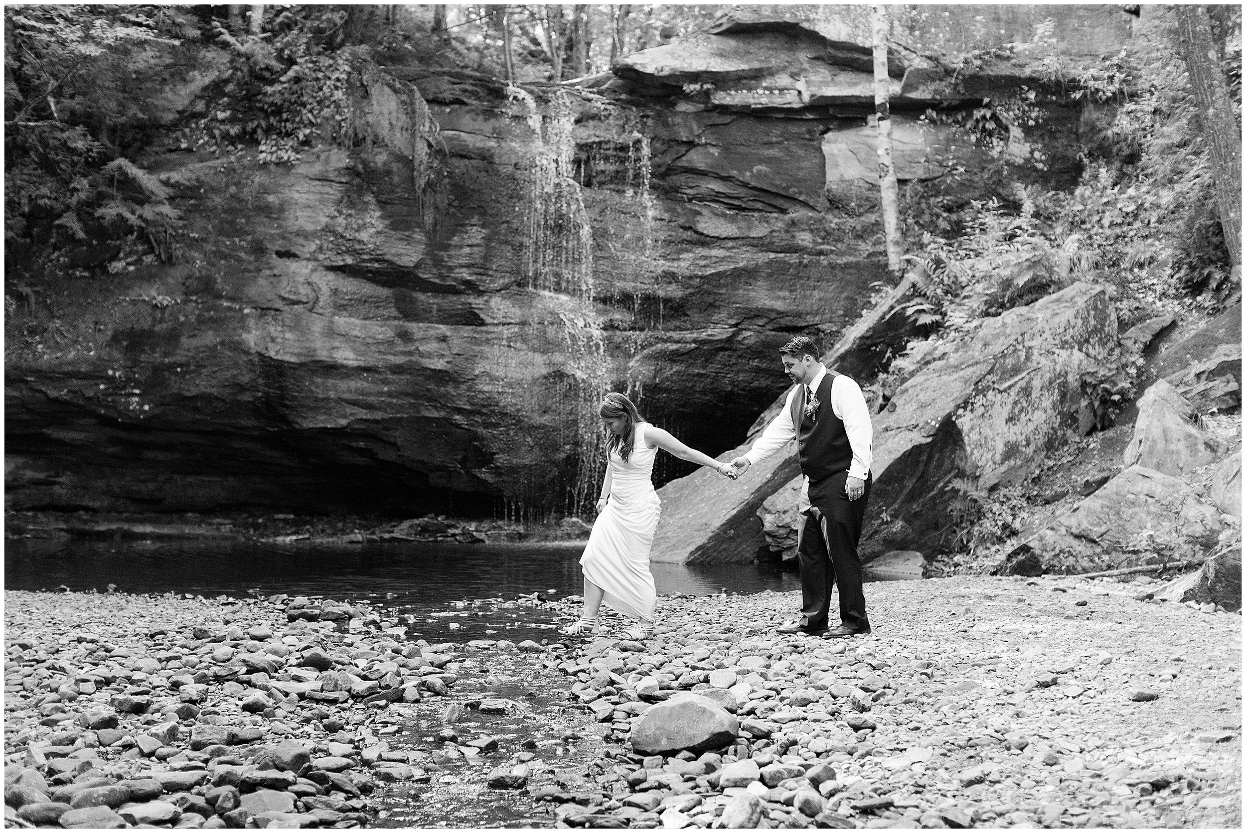 Copper Harbor MI Wedding_0064.jpg