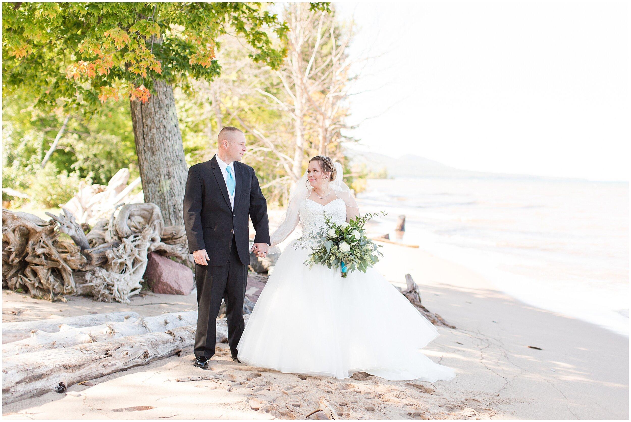 Ontonagon MI Wedding_0027.jpg