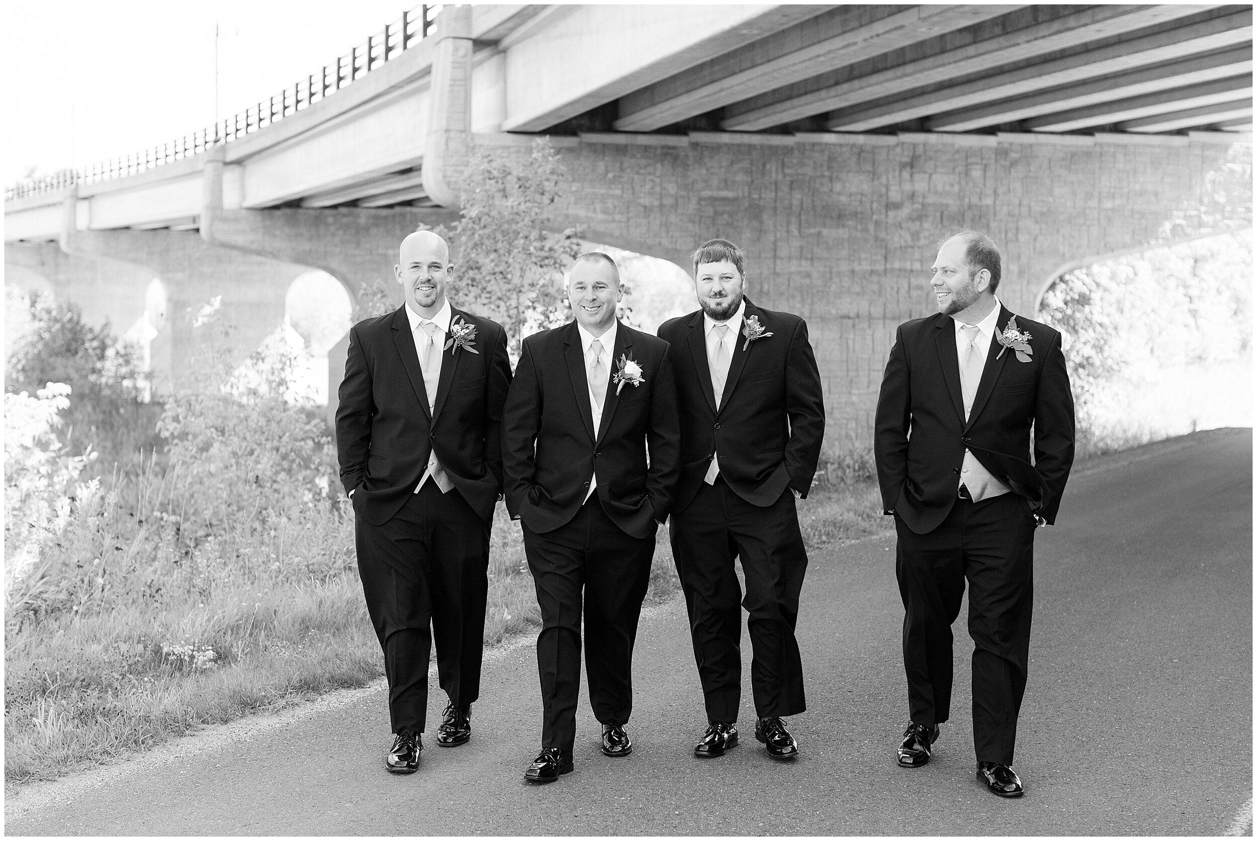 Ontonagon MI Wedding_0035.jpg