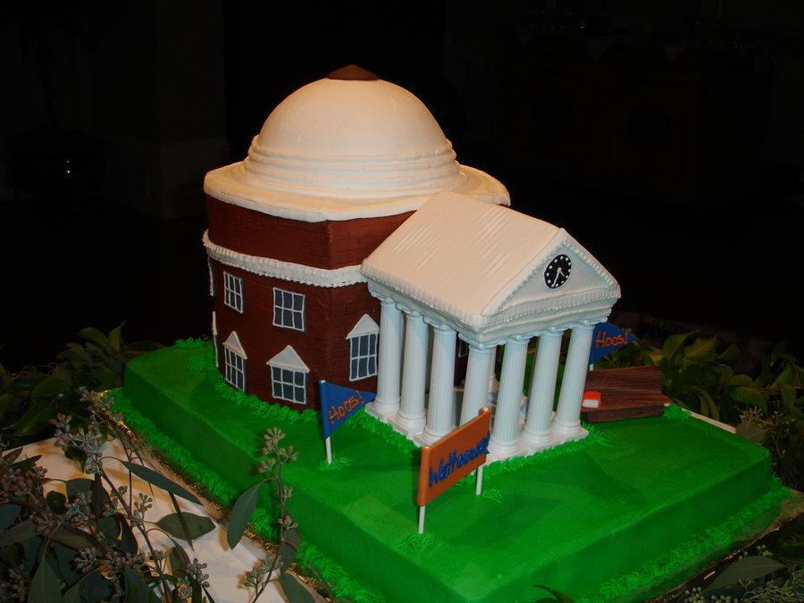 University_of_Virginia_Cake_by_atrotter719.jpg