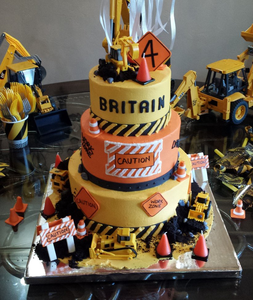 construction_cake_by_atrotter719-d81rghu.jpg