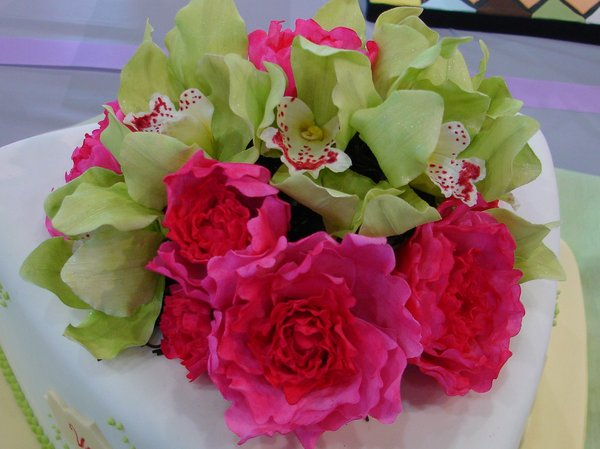 Hand Made Gumpaste flowers.jpg