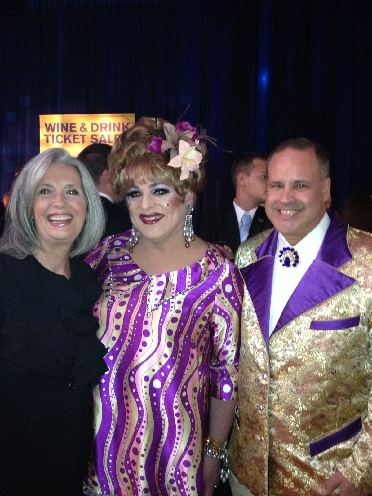 HRC Drag Queen and Bob