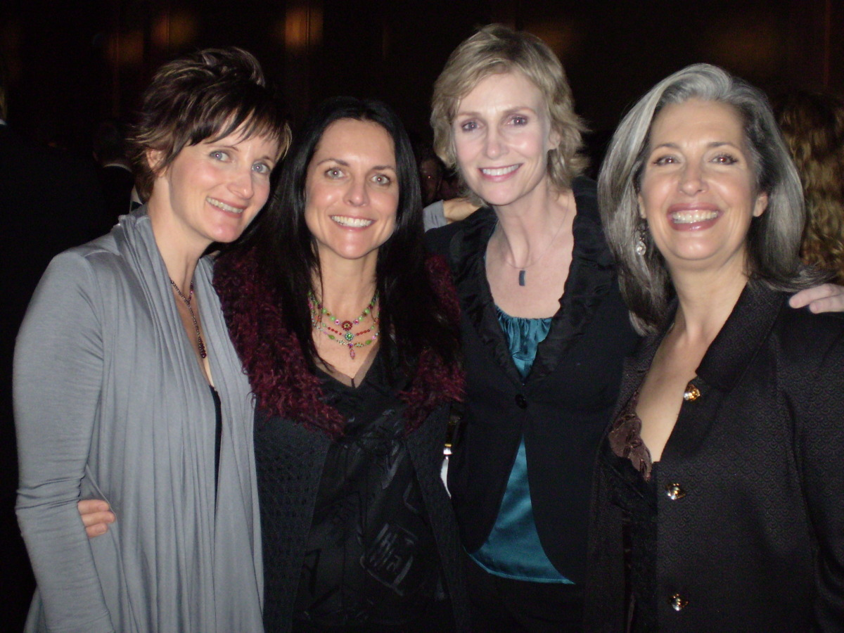 """Actress Jane Lynch with """"April Brown"""" Auctioneer"""