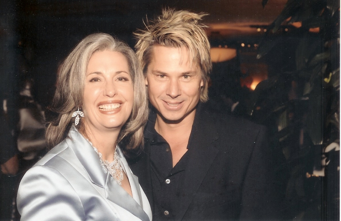 Kato Kaelin with April Brown Auctioneer