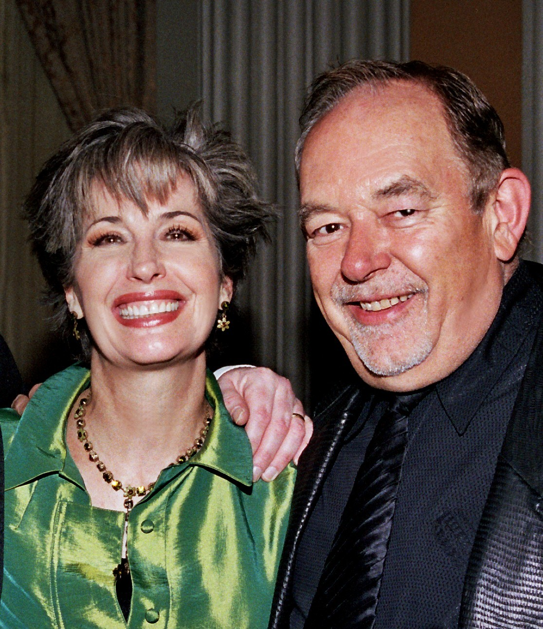 Robin Leach with April Brown Auctioneer