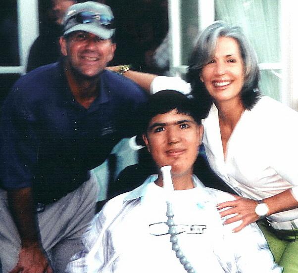 Mariner Edgar Martinez with April Brown Auctioneer