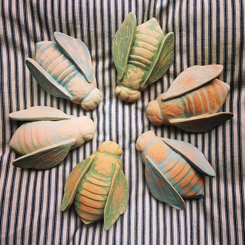 clay bees.jpg