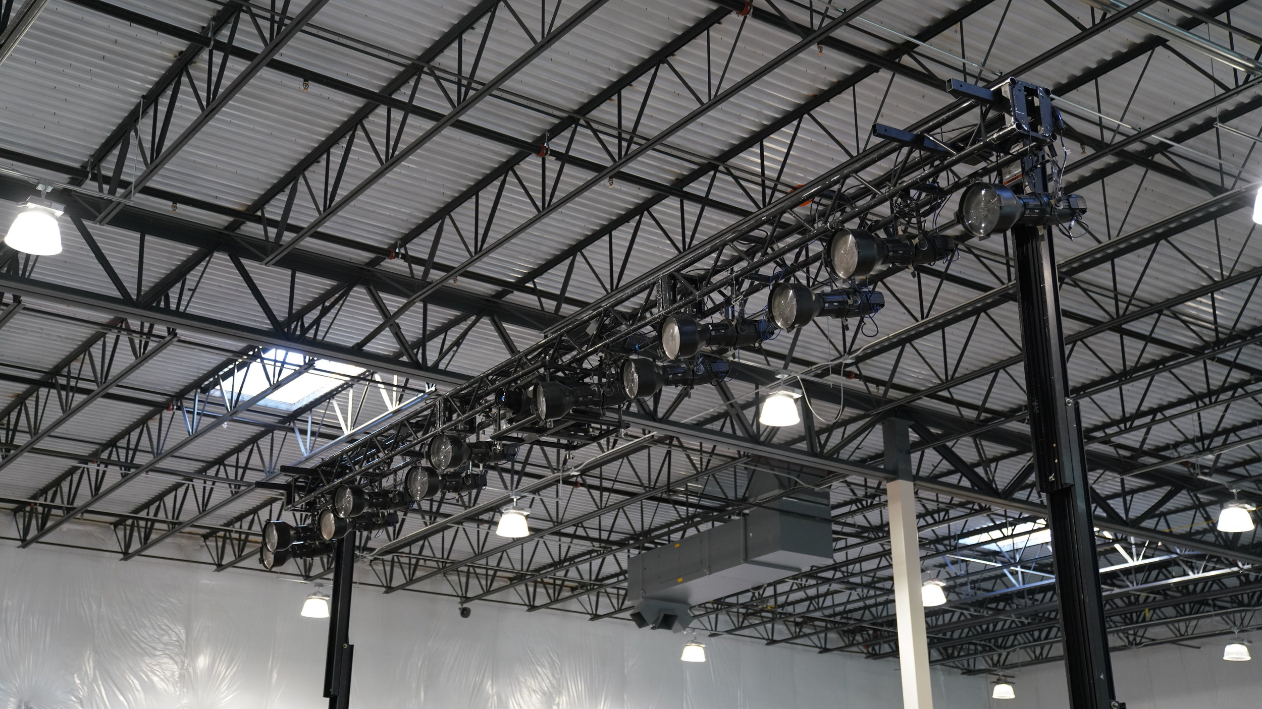 OCC lighting ground support.jpg