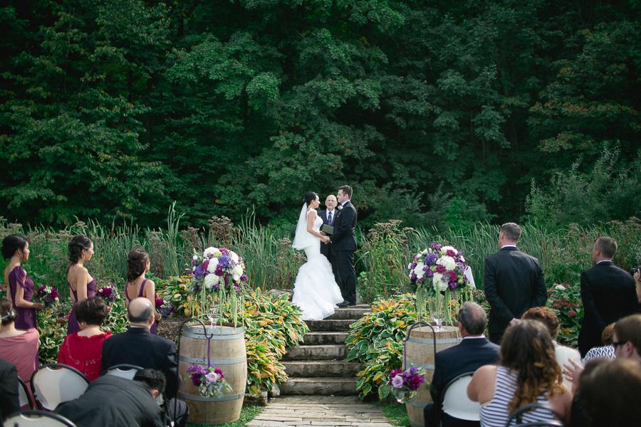 Jordan_Ontario_Wedding_Photography_Niagara_Wedding_Photography_Cave_Springs_Wedding_-22.jpg
