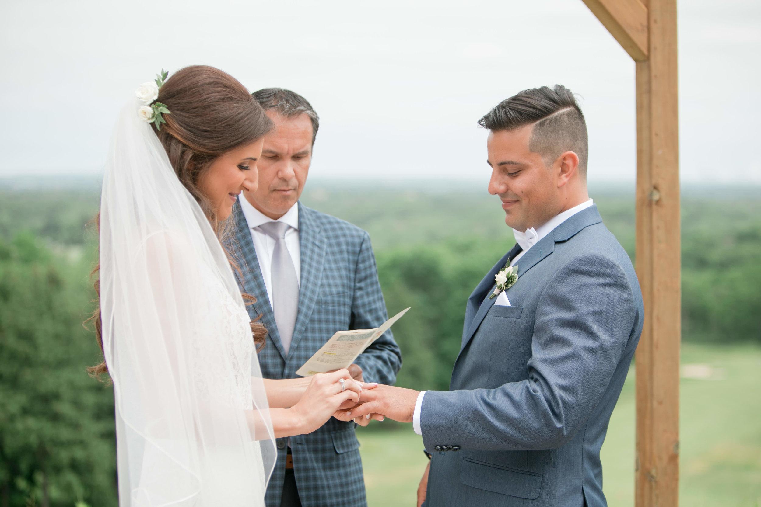 Miranda___Daniel___Daniel_Ricci_Weddings___High_Res._Finals_322.jpg