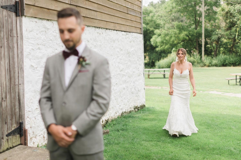 000009_Sam + Jesse - BLOG-00016_Niagara_Wedding_Photography_Daniel_Ricci_Balls_falls_Wedding_first_look.jpg