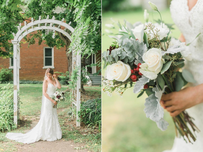 000018_Sam + Jesse - BLOG-00030_Niagara_Wedding_Photography_Daniel_Ricci_Balls_falls_Wedding_Sam + Jesse - BLOG-00028_Niagara_Wedding_Photography_Daniel_Ricci_Balls_falls_Wedding.jpg