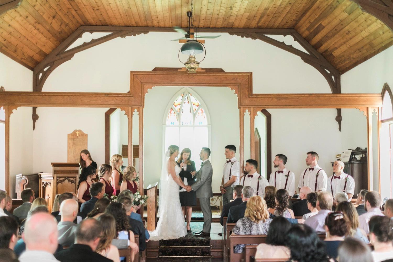 000025_Sam + Jesse - BLOG-00047_Niagara_Wedding_Photography_Daniel_Ricci_Balls_falls_Wedding.jpg