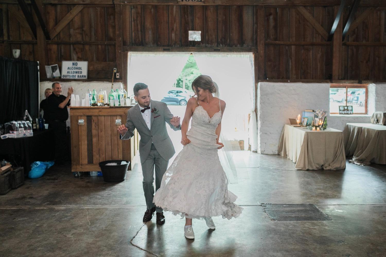 000031_Sam + Jesse - BLOG-00061_Niagara_Wedding_Photography_Daniel_Ricci_Balls_falls_Wedding.jpg